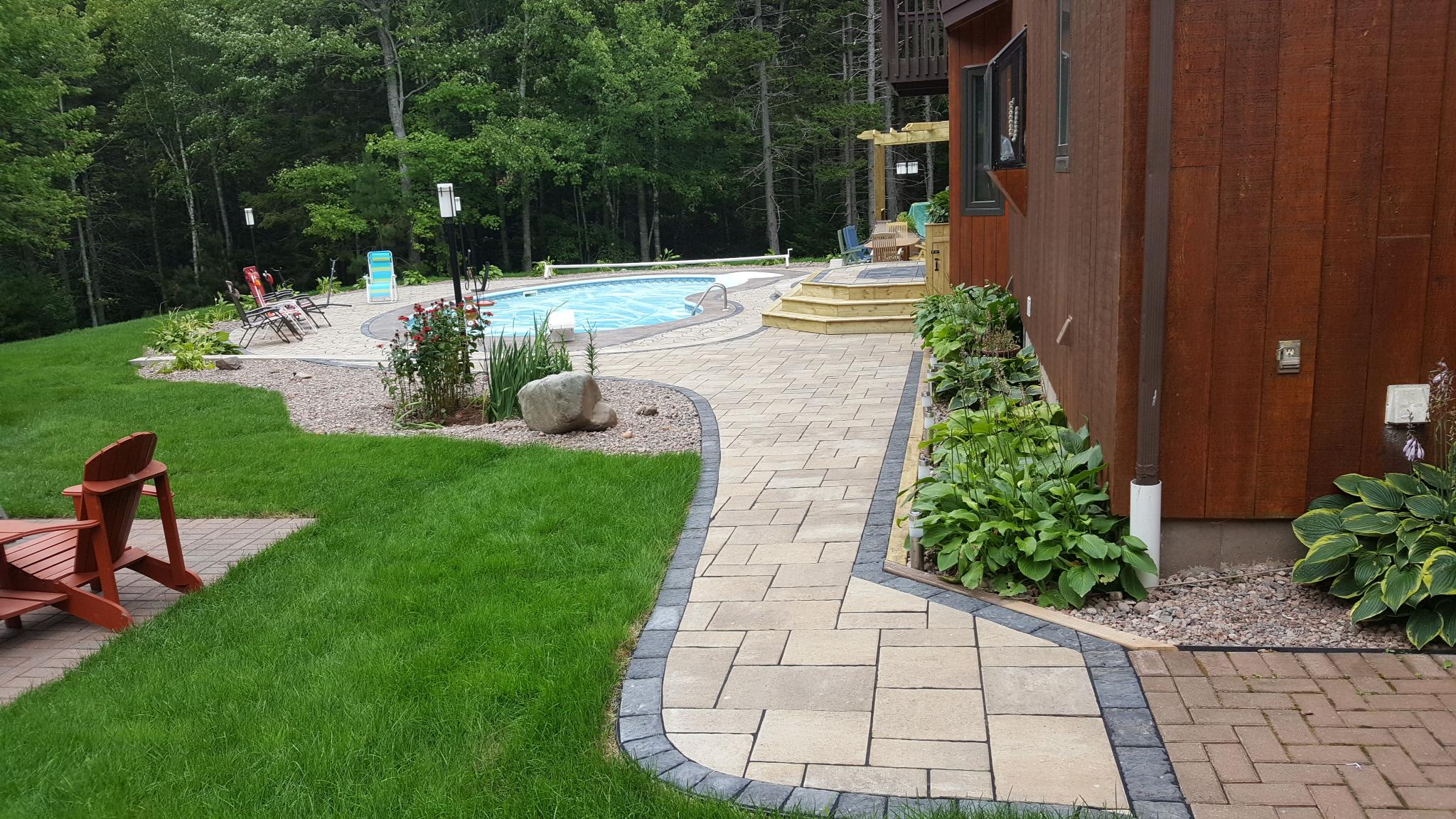 Backyard Pool Oasis 9